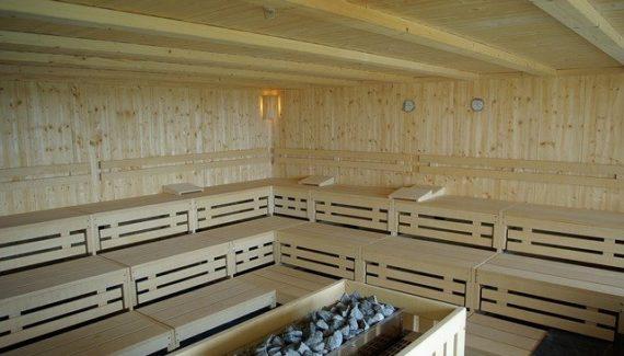 How to Clean Sauna